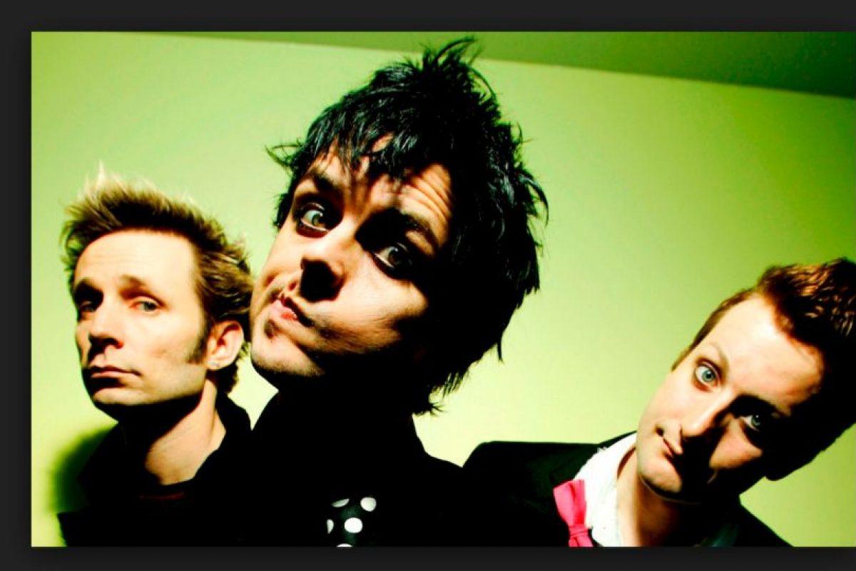 """18. """"Boulevard Of Broken Dreams"""" de """"Green Day"""" (32 millones 343 mil 283 reproducciones) Foto:Instagram. Imagen Por:"""