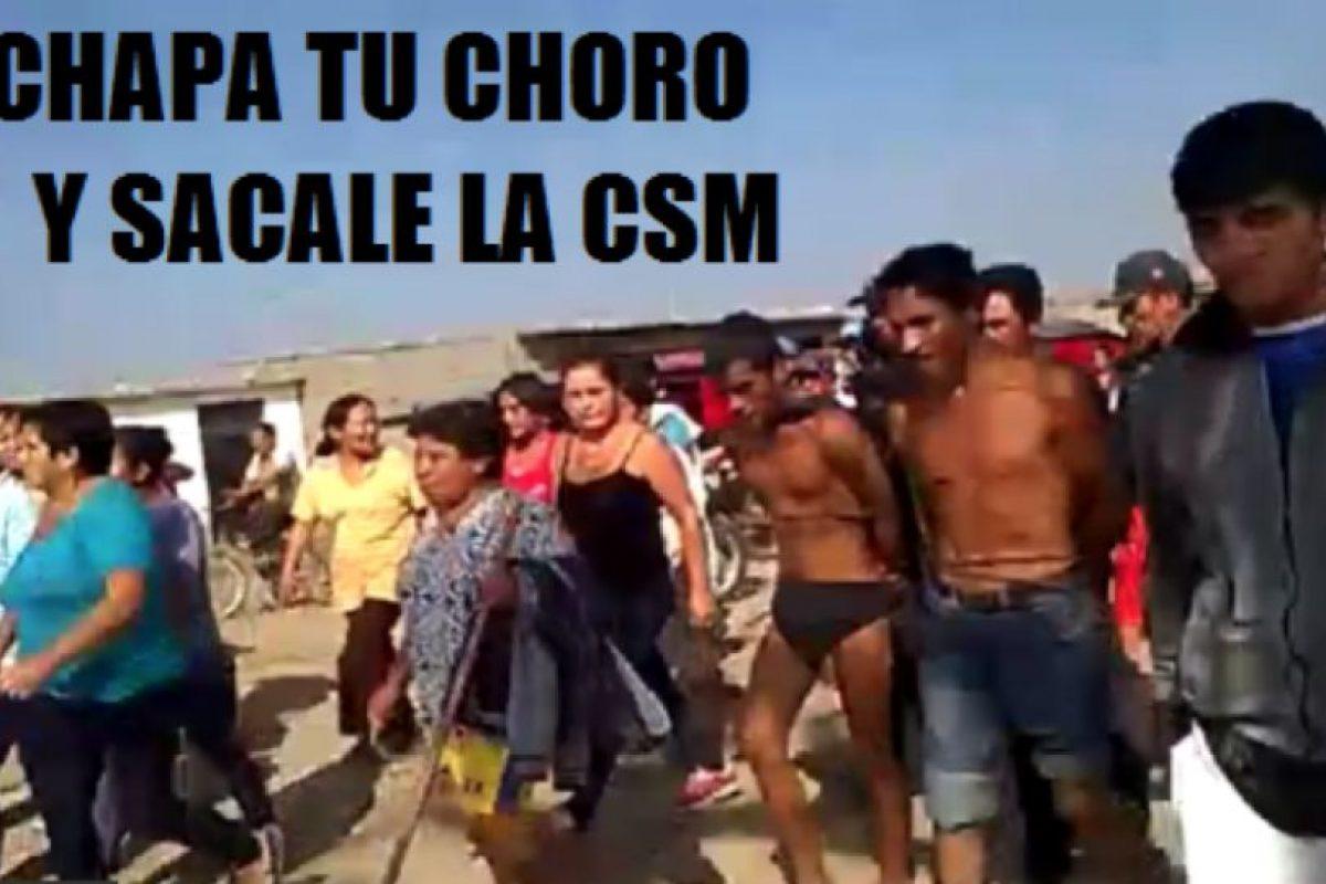 Ante la ineficiencia policial, en Perú están surgiendo campañas en la web que invitan a linchar a los delincuentes. Foto:vía Facebook/Chapa tu Choro. Imagen Por: