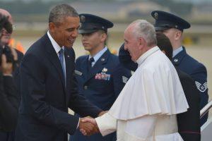 Fue recibido por el presidente Barack Obama y su familia. Foto:AFP. Imagen Por: