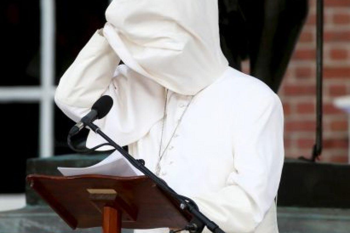 A veces cubre totalmente su rostro Foto:AFP. Imagen Por: