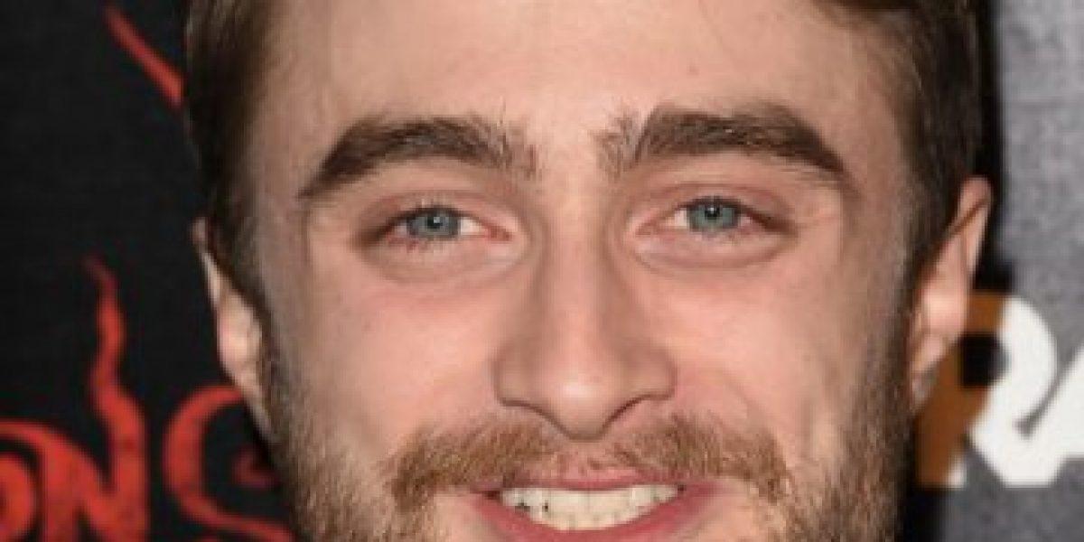 Daniel Radcliffe hace drástico cambio de look para su nueva película