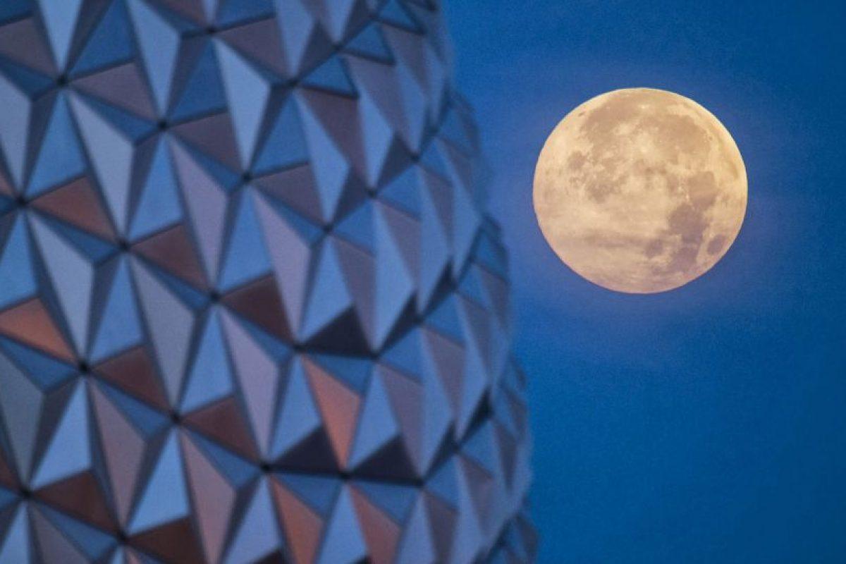 Cientos de admiradores de la astronomía podrán apreciarlo en varias partes del mundo. Foto:Getty Images. Imagen Por: