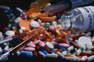 """Los esteroides también causan acné, compartió el sitio """"Vitonica"""". Foto:Pinterest. Imagen Por:"""