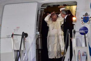 Sin embargo, incluso desde antes de salir del avión tiene estos problemas… Foto:AFP. Imagen Por: