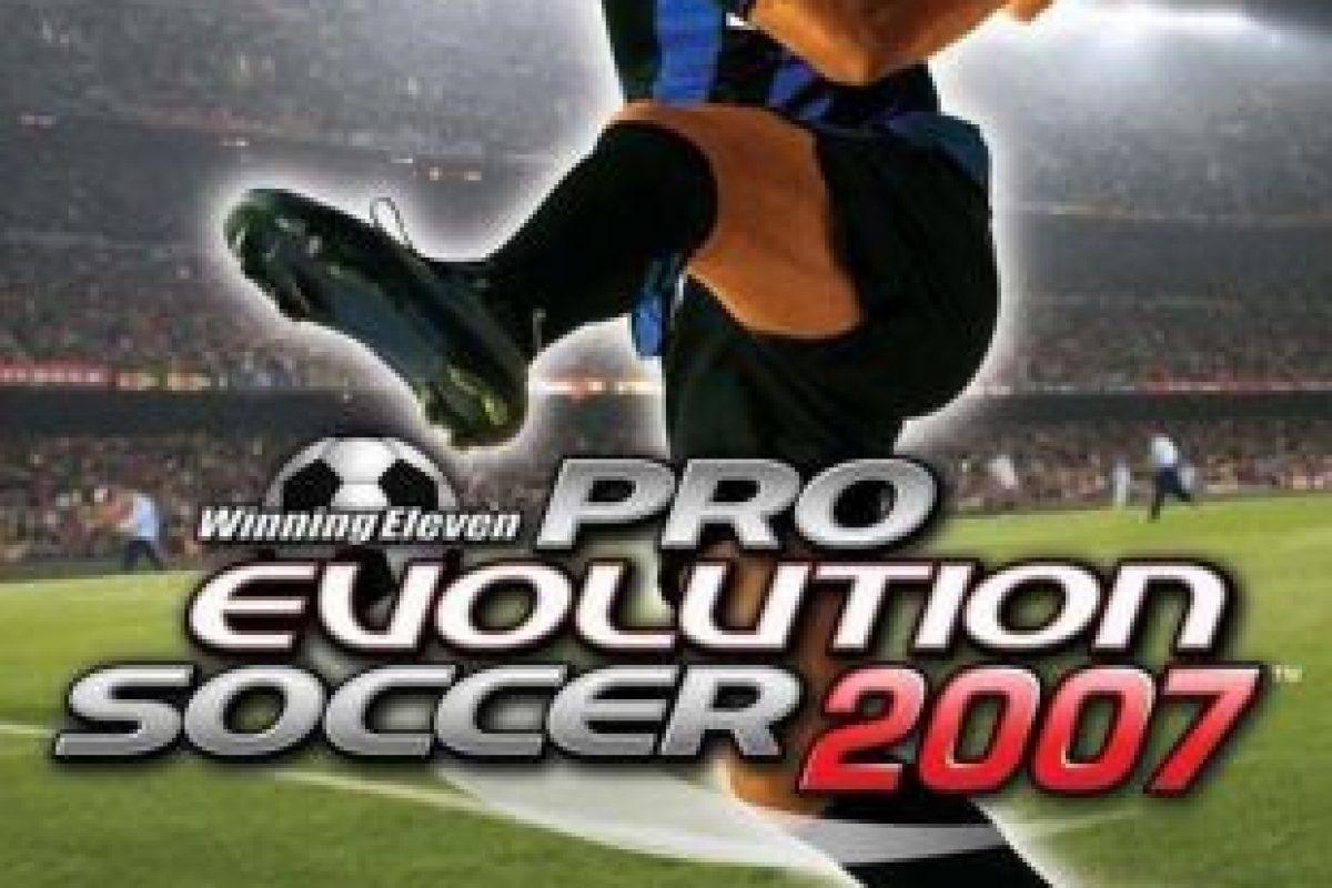 """Pro Evolution Soccer 7"" con el brasileño Adriano. Foto:Konami. Imagen Por:"