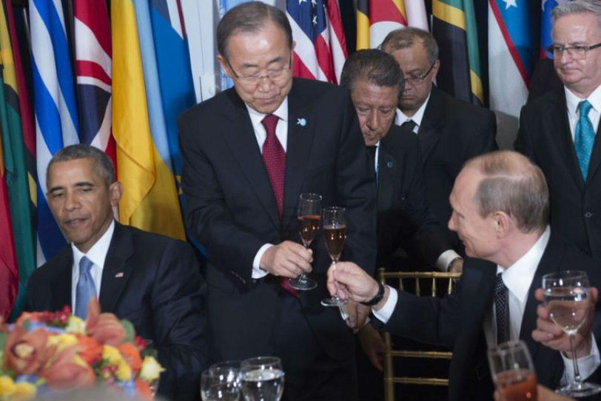 Putin se mostró muy sonriente Foto:AFP. Imagen Por:
