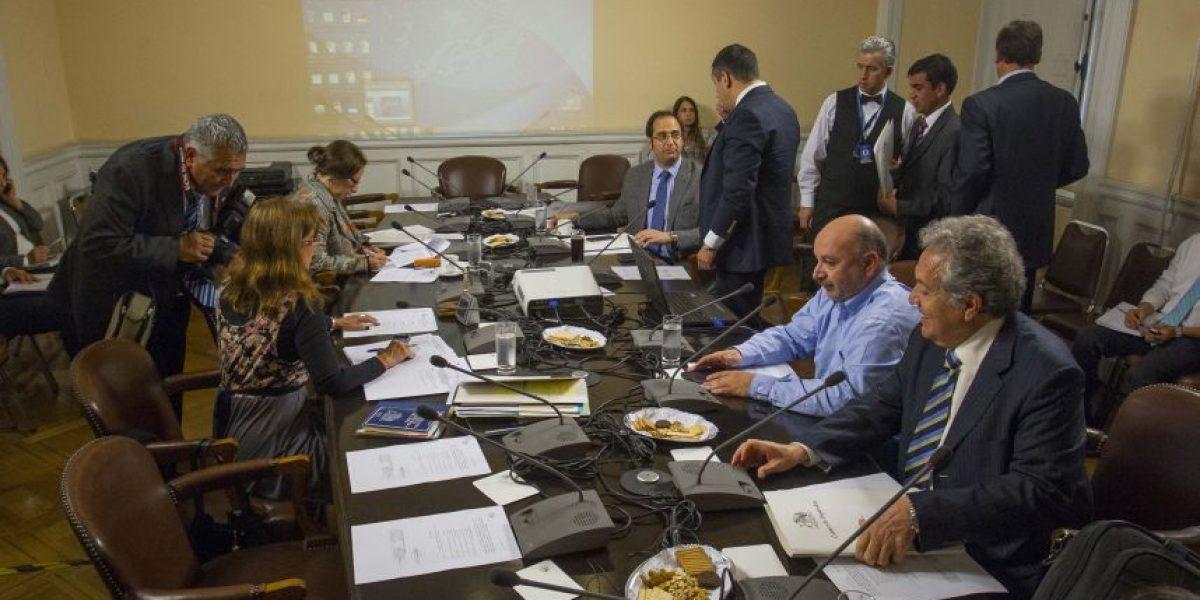 Comisión Caval cuestionó al administrador de La Moneda por recibir a operador UDI