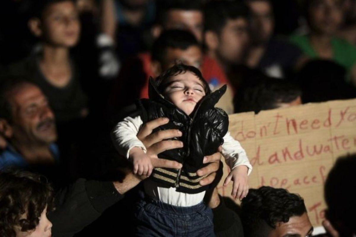 La madre de la pequeña fue trasladada al hospital de emergencia tras el ataque y le fue practicada una cesárea. Foto:Getty Images. Imagen Por: