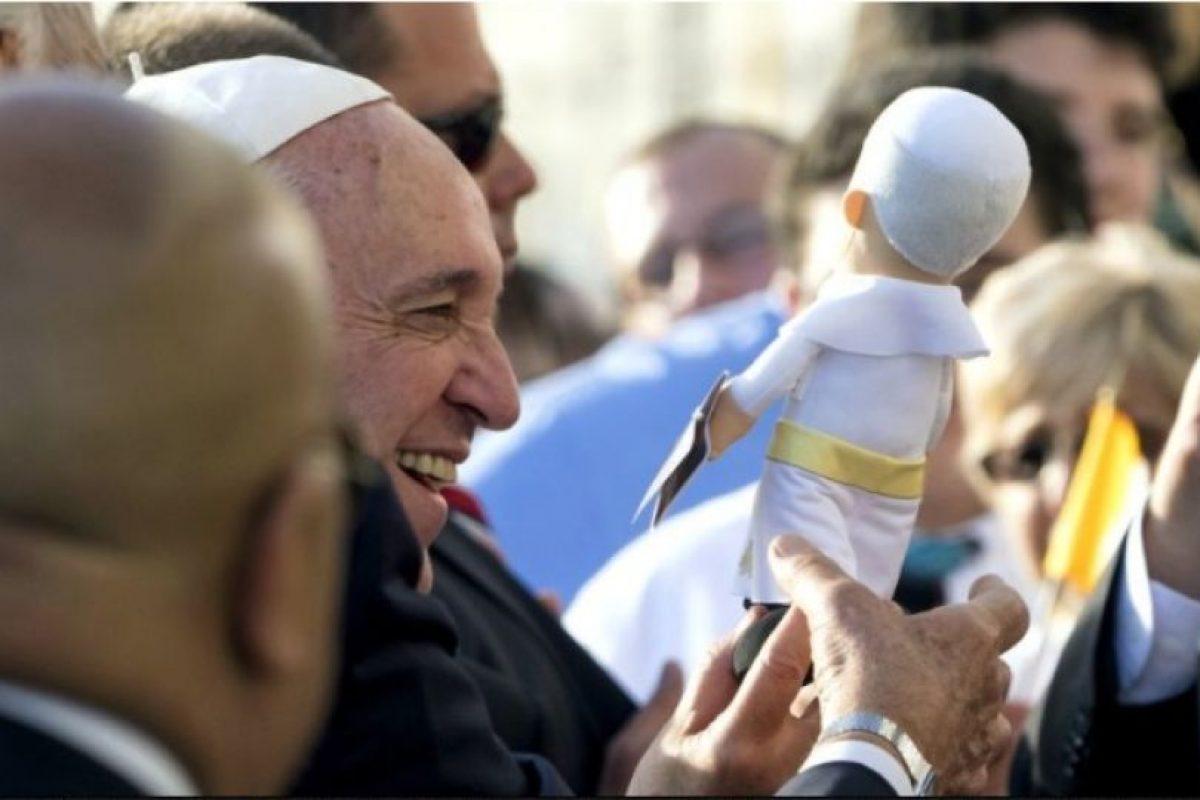 La hija de Dana Madden fue llevada hasta donde se encontraba el Papa y recibió la bendición. El curioso momento se dio en Filadelfia. Foto:Getty Images. Imagen Por: