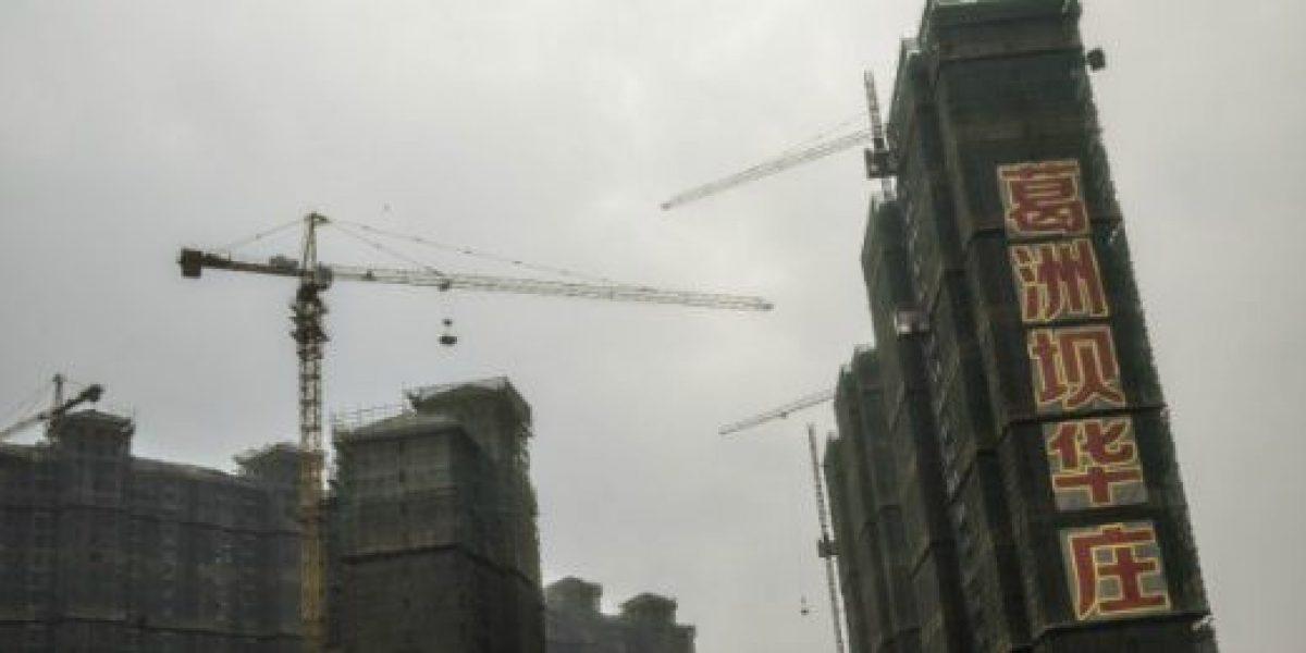 FMI alerta sobre elevado endeudamiento empresarial en China y Latinoamérica
