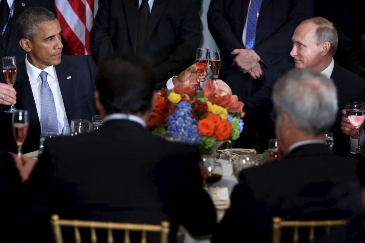 Las cosas se pusieron un poco incómodas a la hora del brindis Foto:AFP. Imagen Por:
