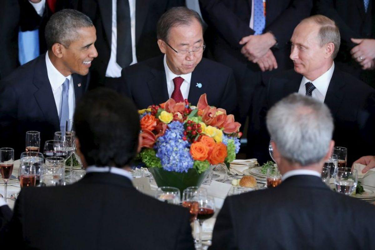 De intermediario estaba el secretario general de la ONU, Ban Ki-moon. Foto:AFP. Imagen Por: