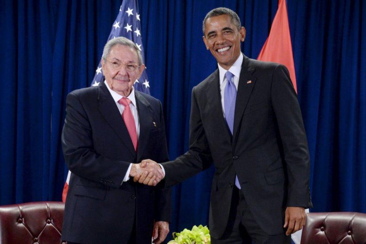 Otro presidente de América Latina que tuvo actividad este día fue Raúl Castro, quien se reunió con Barack Obama en un histórico encuentro. Foto:Getty Images. Imagen Por: