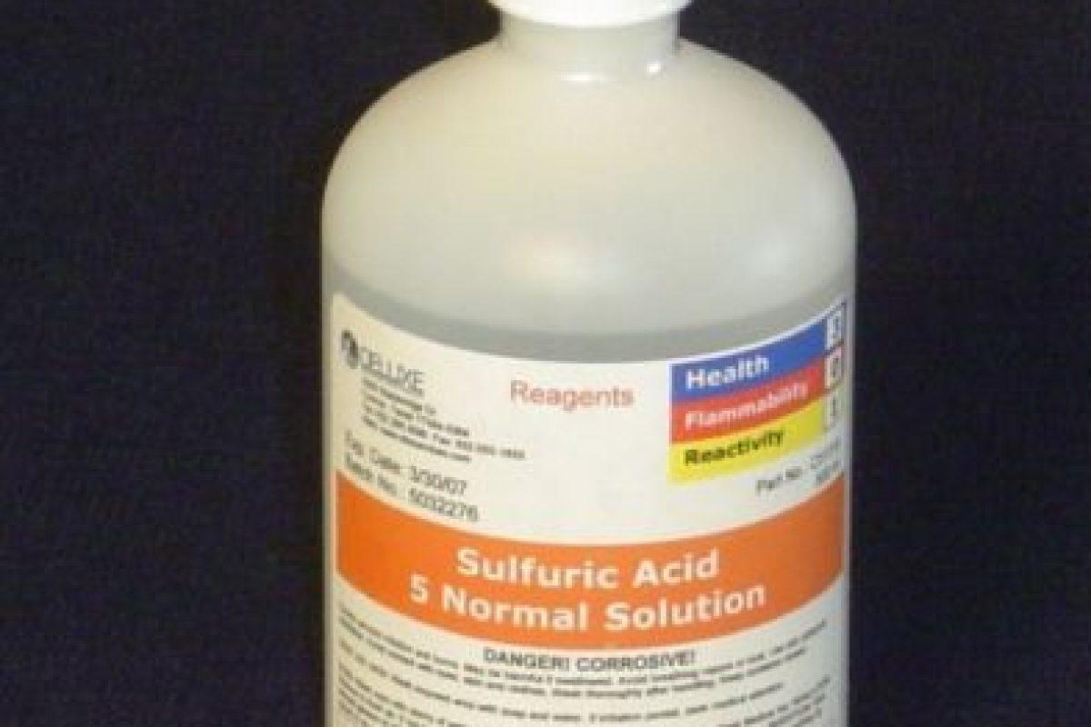 Los tipos de ácido más comunes en estos ataques son el ácido sulfúrico, el ácido nítrico y el ácido clorhídrico, este último fácilmente accesible como producto de limpieza en muchos países. Foto:Pinterest. Imagen Por: