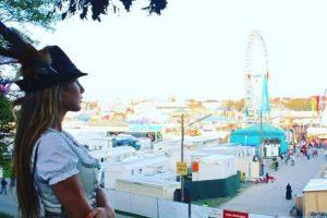 Julia Vigas, novia de Thiago Alcántara también se dio cita en el Oktoberfest Foto:/instagram.com/juliavigas. Imagen Por: