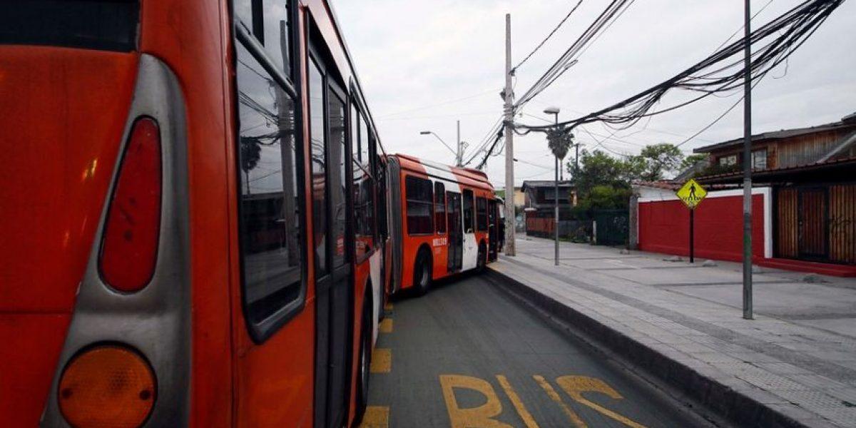 Trabajadores del Transantiago en paro bloquearon salida de buses