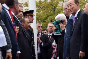 La ceremonia se realizó después de las 13 horas tiempo local, asistió el secretario general de la ONU, Ban Ki-moon Foto:AFP. Imagen Por: