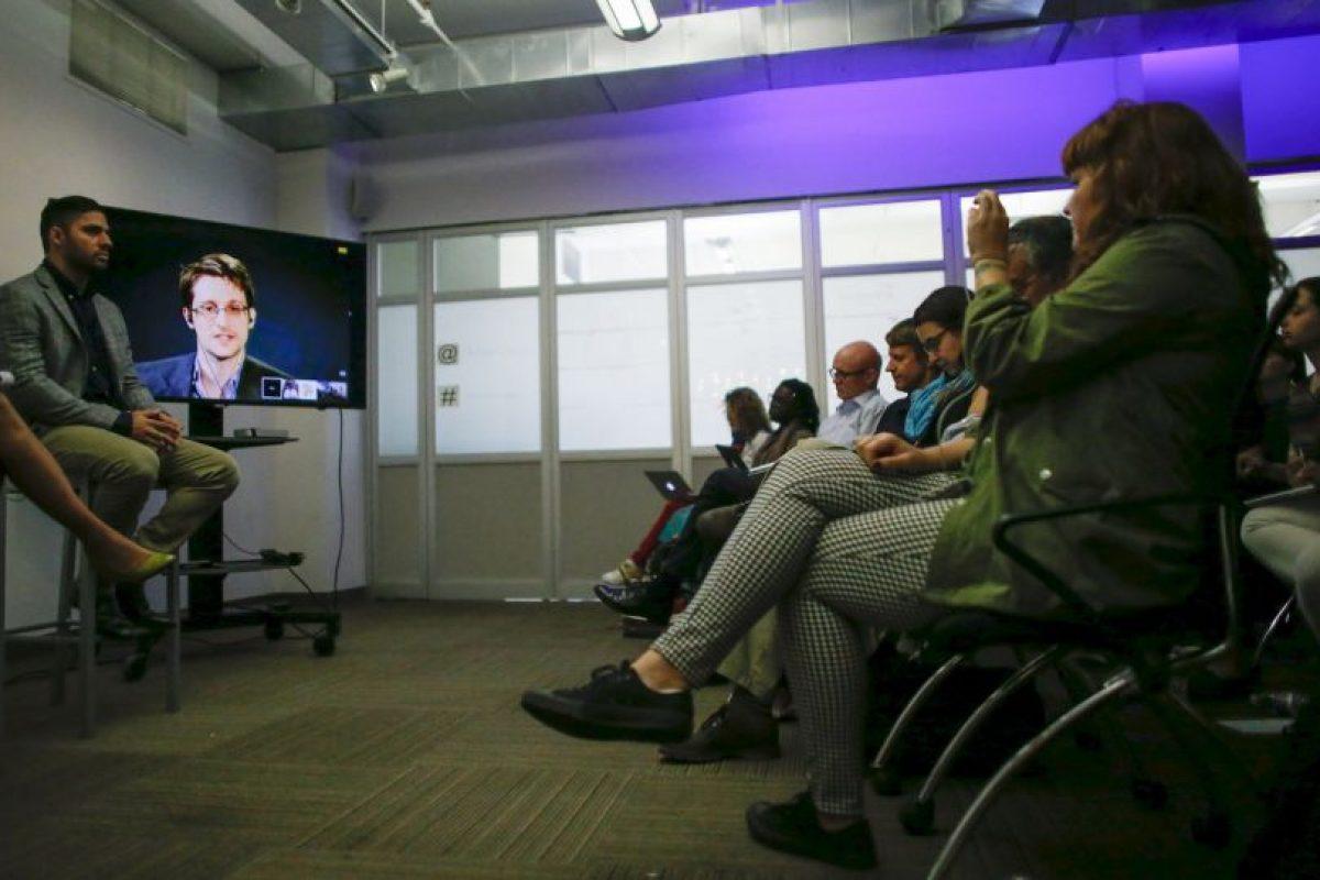 Edward Snowden es antiguo empleado de la CIA y la NSA, dos agencias de seguridad estadounidenses. Foto:AFP. Imagen Por: