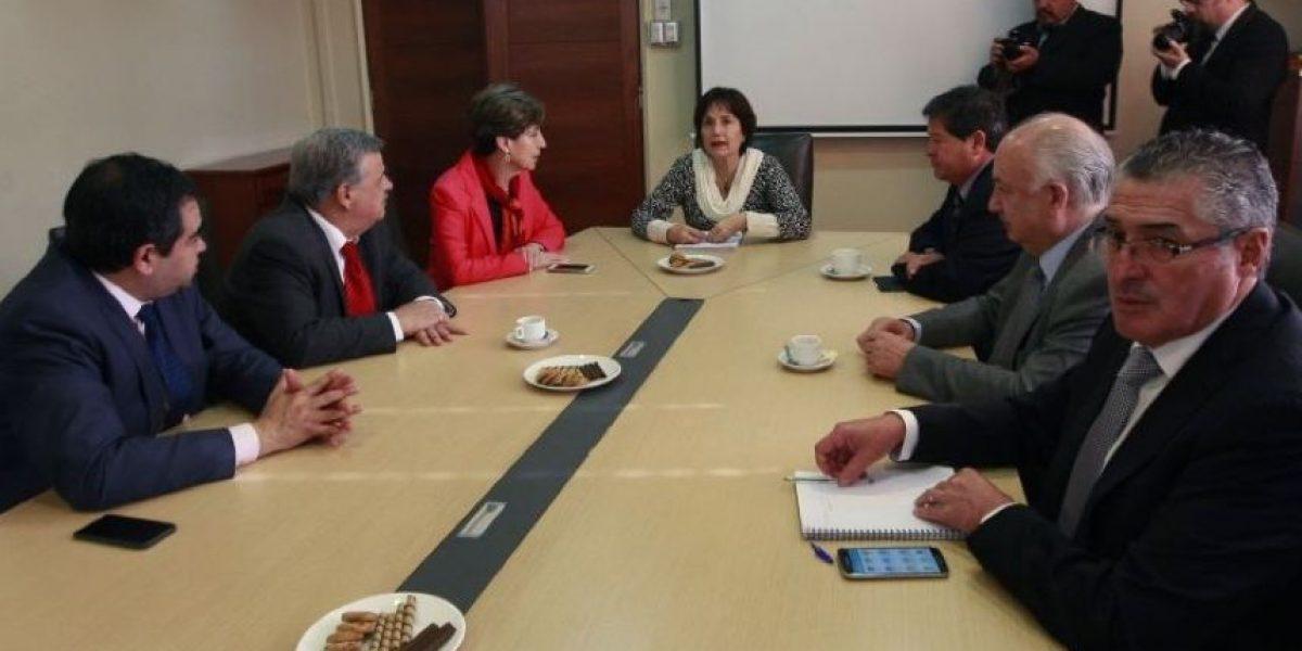 A horas de interpelación: Ministra de Salud recibió respaldo de la Nueva Mayoría