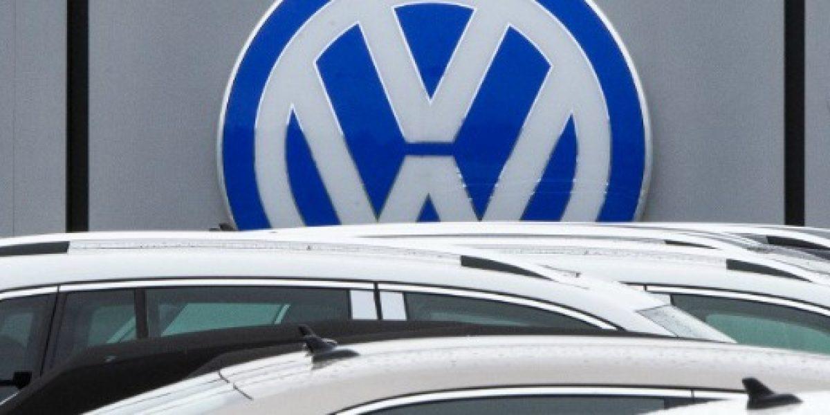 Sigue el escándalo: Volkswagen identifica 1,2 millones de vehículos trucados en el Reino Unido
