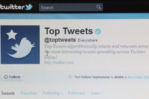 Las cuentas verificadas se muestran con una paloma de color blanco dentro de un círculo azul. Foto:Getty Images. Imagen Por: