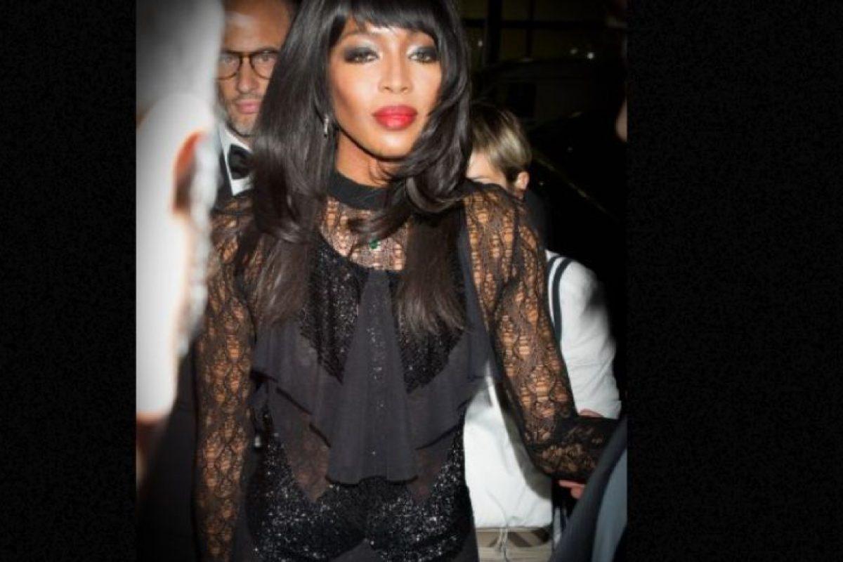 Y ni se acerca de lejos a su contraparte Iman, supermodelo africana y esposa de David Bowie. Foto:vía Getty Images. Imagen Por: