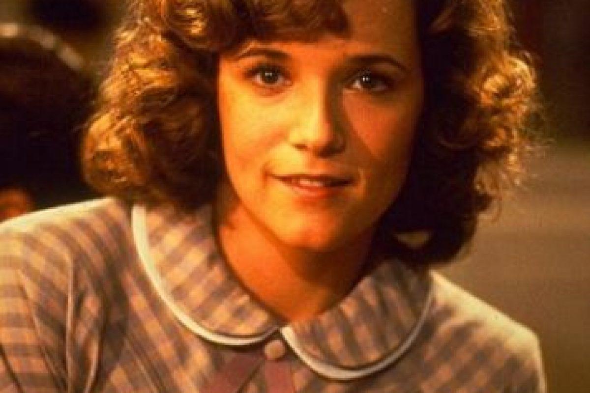 """Su papel fue el de """"Lorraine Baines McFly"""", la joven que se enamora de """"Marty"""" sin saber que será su hijo en el futuro. Foto:IMDB. Imagen Por:"""