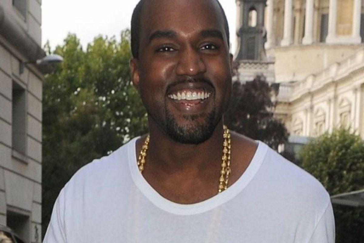 Se le ve feliz con Kim, aunque antes sonreía. Foto:vía Getty Images. Imagen Por: