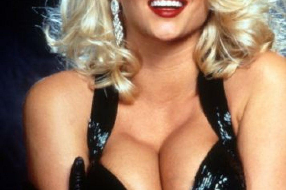 Fue famosa por el juicio que siguió por la fortuna de este. Y fue Playmate en 1992. Foto:vía Playboy. Imagen Por: