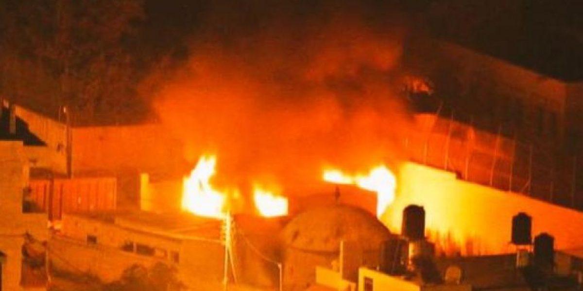 Máxima tensión: palestinos incendian santuario sagrado judío