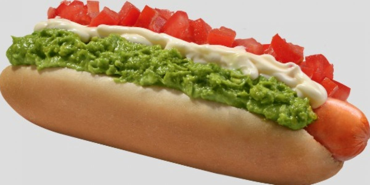 ¡OJO! Cadena de comida regala 5 mil hamburguesas y hot dogs para celebrar aniversario