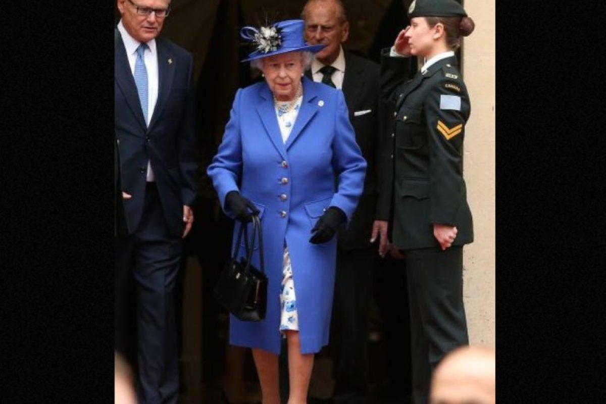 La carta se viralizó en Imgur. Por supuesto, ella no la escribió personalmente, pero las comunicaciones del Palacio de Buckingham sí lo hicieron. Foto:vía Getty Images. Imagen Por: