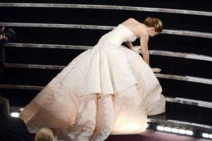 Y luego que pasó, vomitó todo. Miley Cyrus la vio y vomitaron juntas. Foto:vía Getty Images. Imagen Por: