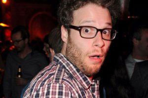 Seth Rogen bebió mucho y tenía un vuelo muy temprano en la mañana. Para curarse de la resaca, se comió un brownie de marihuana y luego una hamburguesa. Foto:vía Getty Images. Imagen Por: