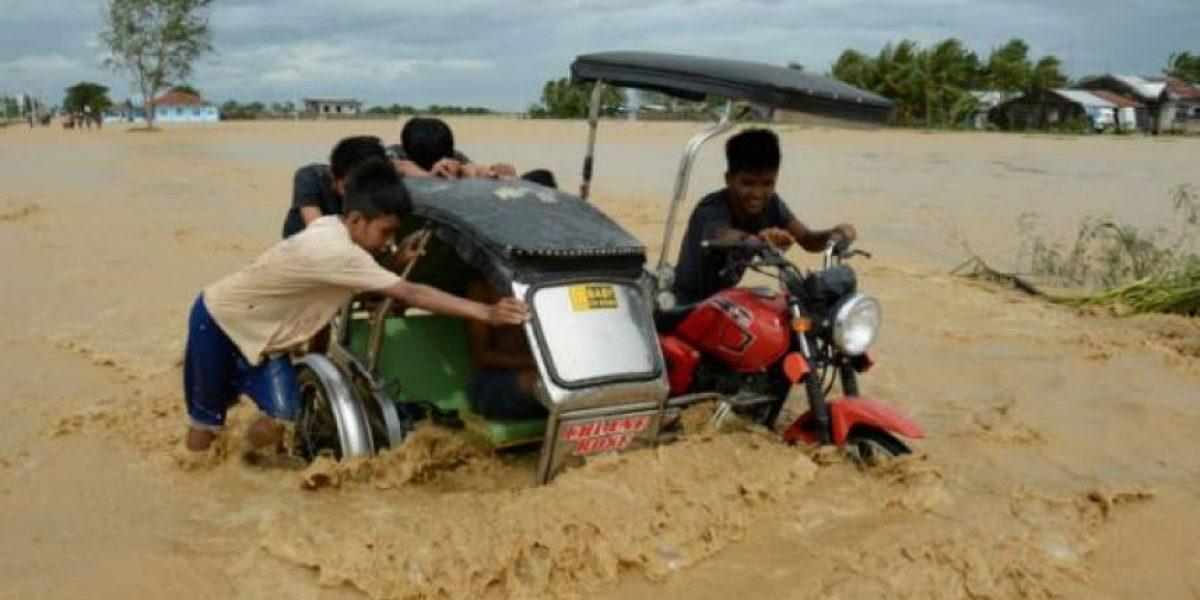 El tifón Koppu deja al menos 16 muertos en Filipinas