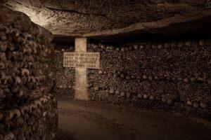 Los túneles para llegar al lugar de la experiencia. Foto:Airbnb. Imagen Por: