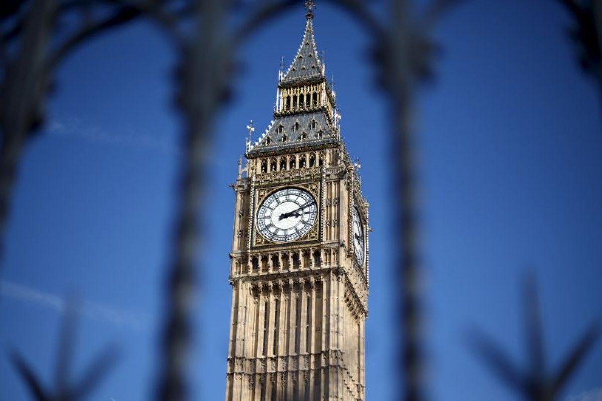 Big Ben situado en el lado noroeste del Palacio de Westminster tiene 156 años. Foto:Getty Images. Imagen Por: