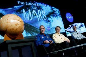 Aunque se descubrió que existió agua líquida en Marte, aún no se han descubierto lagos o mares en el planeta Foto:Getty Images. Imagen Por: