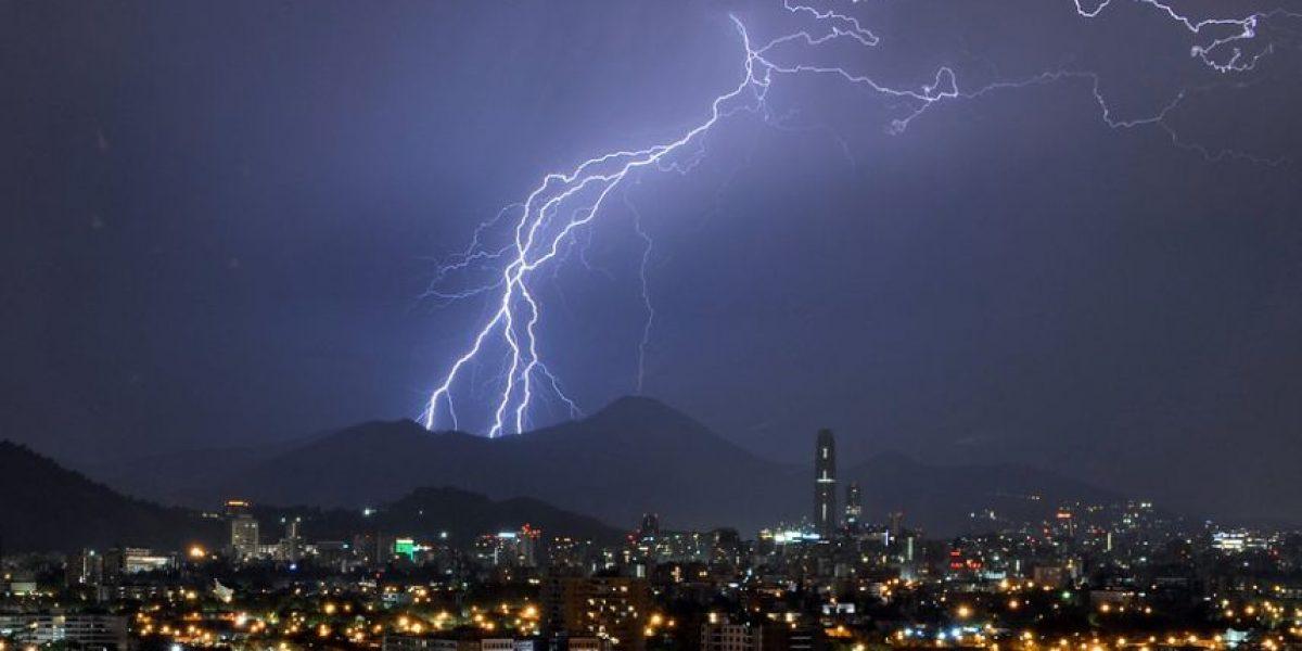 Anuncian tormentas eléctricas desde región de Coquimbo al Maule