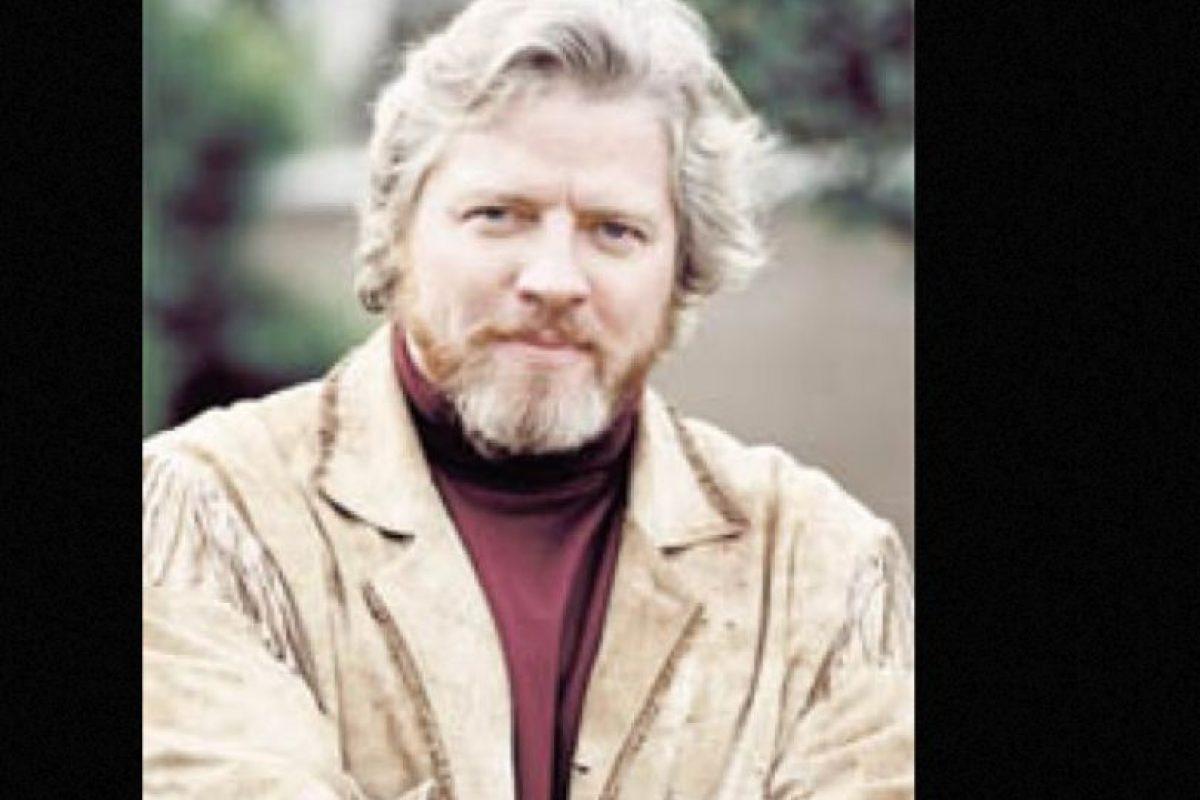 Tiene 56 años y ofrece show de comedia en diversos escenarios de California. Foto:vía IMDB. Imagen Por: