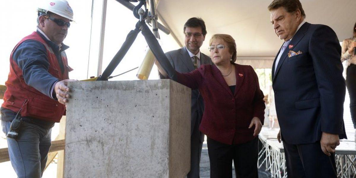 Instalan primera piedra de obras para ampliar el Instituto Teletón de Santiago