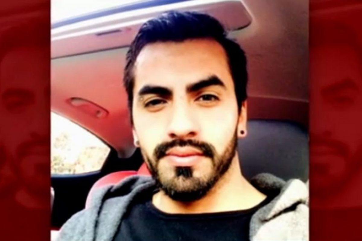 El productor lesionado durante el ataque. Foto:Reproducción / Chilevisión. Imagen Por:
