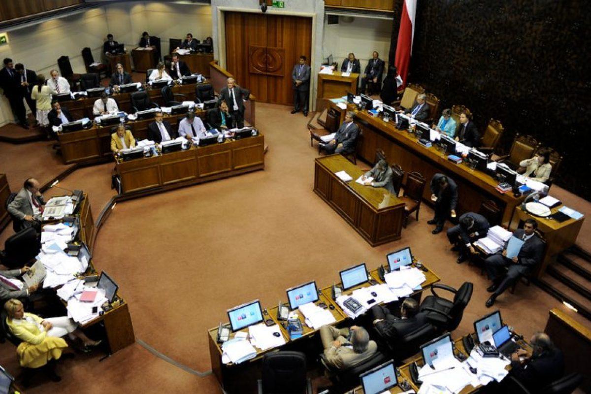 Se necesita el voto de 25 senadores para confirmar a Abbott en el cargo Foto:Agencia Uno. Imagen Por: