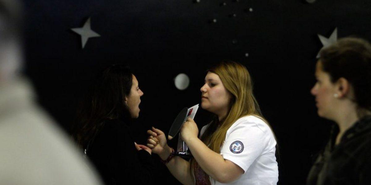 Cáncer oral: realizan exámenes de prevención en metro de Santiago