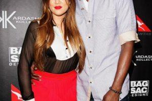 """Después de casarse Khloé Kardashian se convirtió Khloé Kardashian Odom, y la pareja se tatuó las iniciales del otro en sus manos (""""LO&KO""""). Foto:Getty Images. Imagen Por:"""