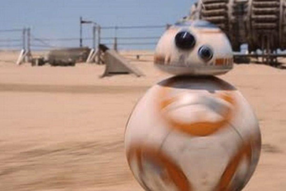 El nuevo androide BB-8. Foto:Lucasfilm. Imagen Por: