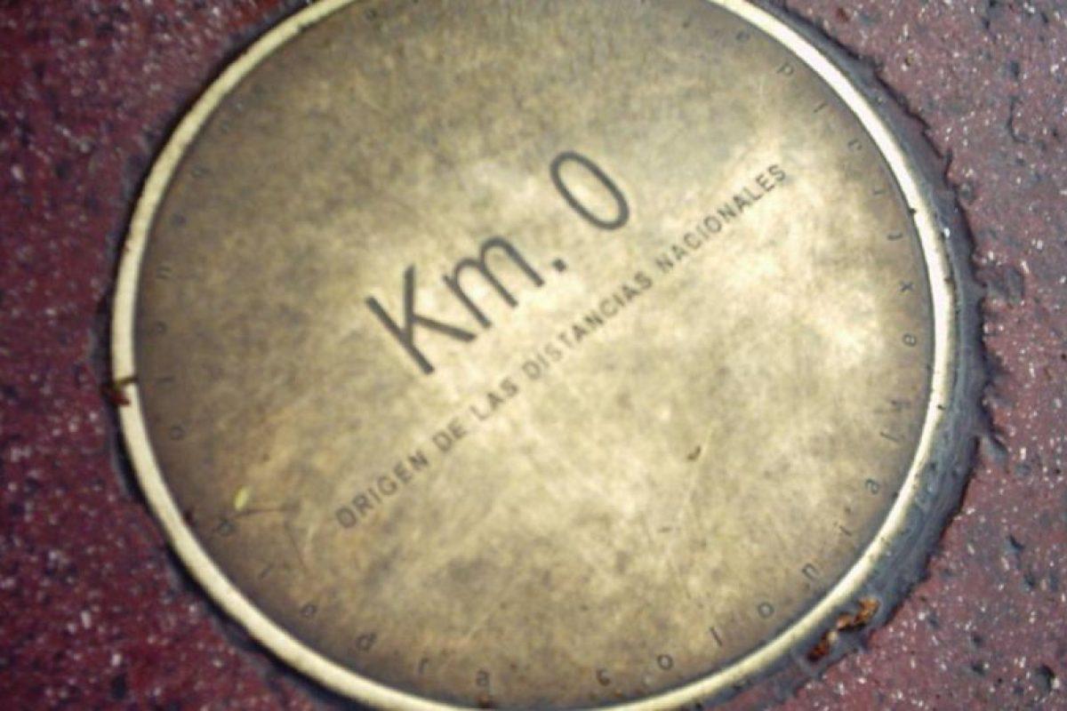 Dónde está el kilómetro 0. Desde siempre el kilómetro 0 ha estado en la Plaza de Armas de Santiago, Sin embargo desde hace un tiempo ha rondado la idea de que está fue emplazada en otro punto de la ciudad. Foto:Reproducción. Imagen Por: