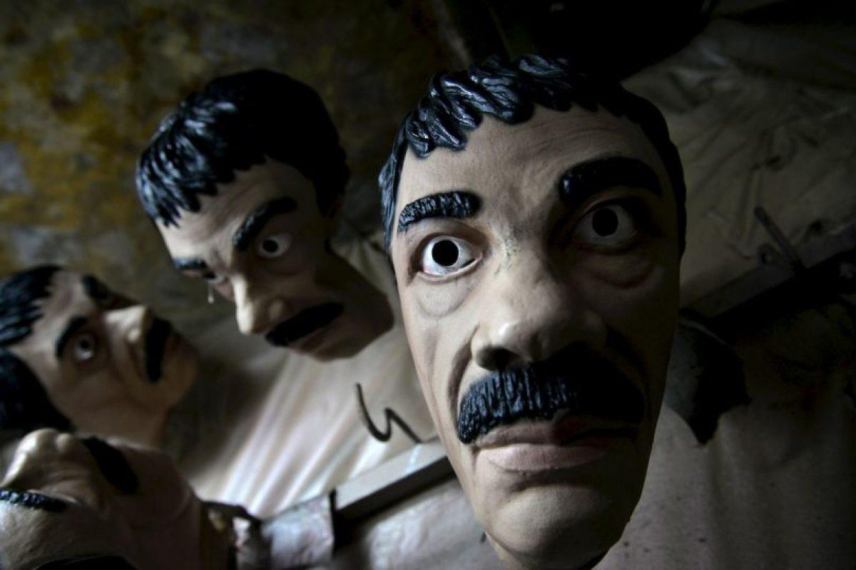 """Comerciantes aprovechan la fuga del """"Chapo"""" para vender artículos alusivos al capo. Foto:AP. Imagen Por:"""