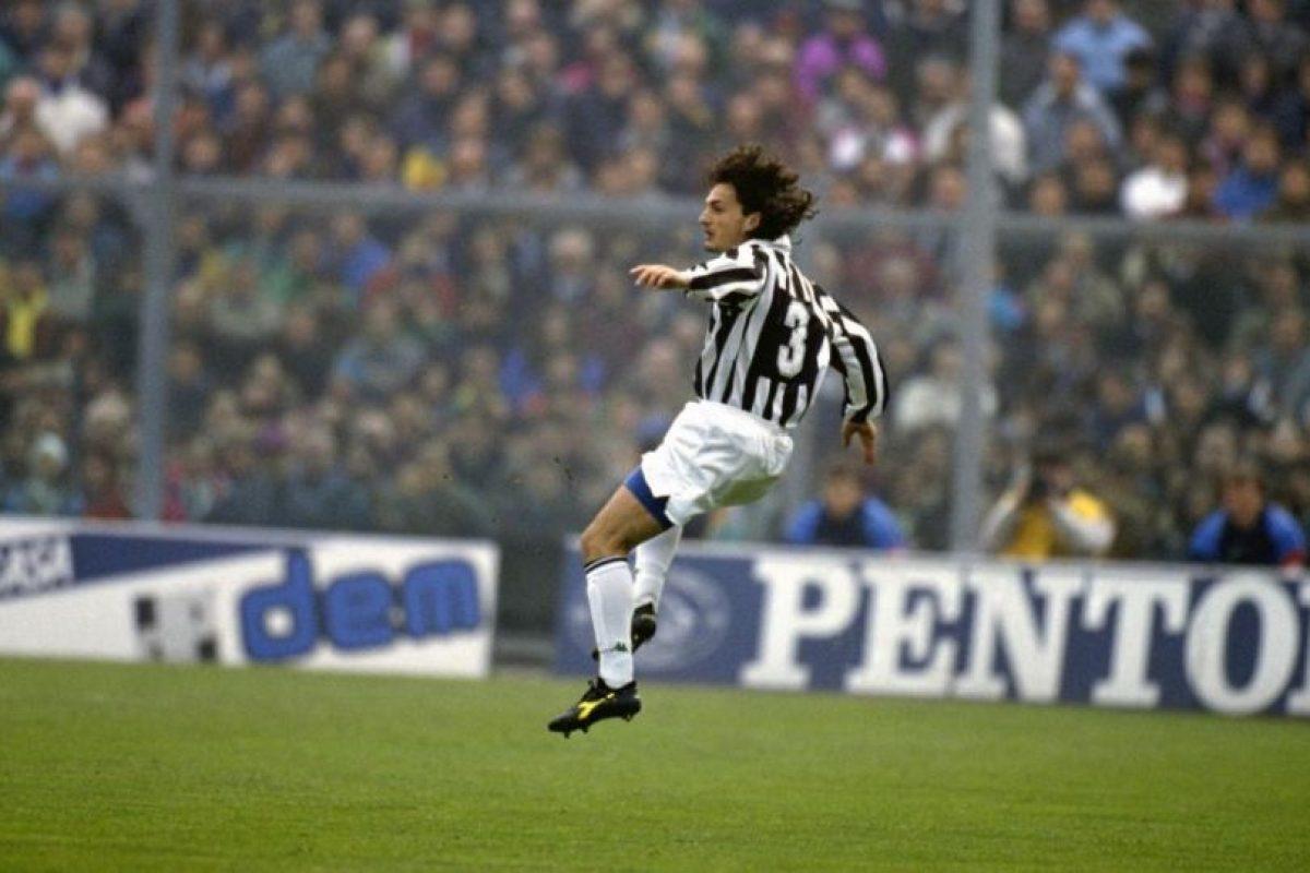 Jugó para la Juventus y en 1995 murió a los 23 años a causa de una leucemia que no pudo superar. Foto:Wikimedia. Imagen Por:
