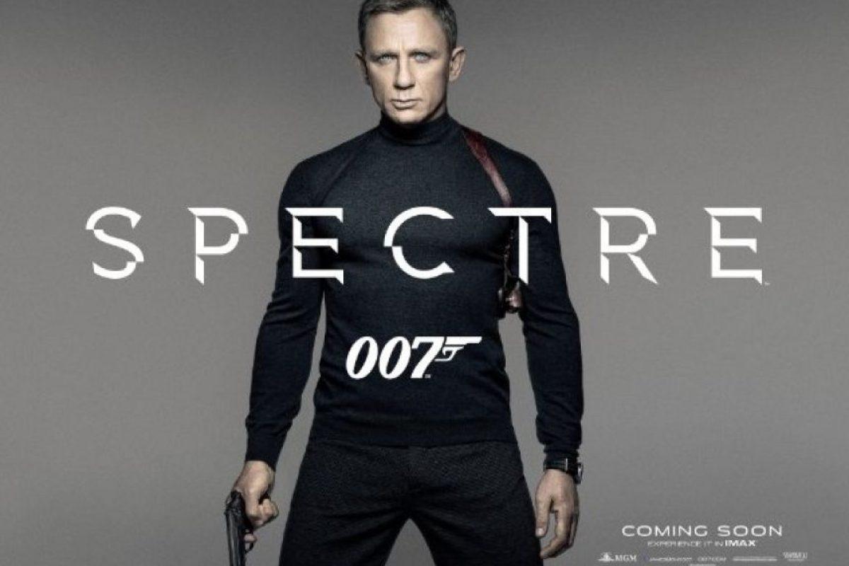 "La nueva cinta de ""James Bond"" se titula ""Spectre"" Foto:Twitter/007. Imagen Por:"
